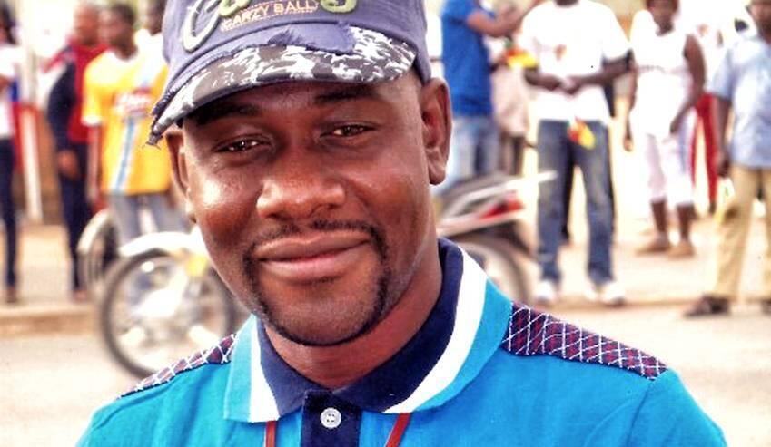 احمد اَبا، گزارشگر رادیو بین المللی فرانسه در کامرون