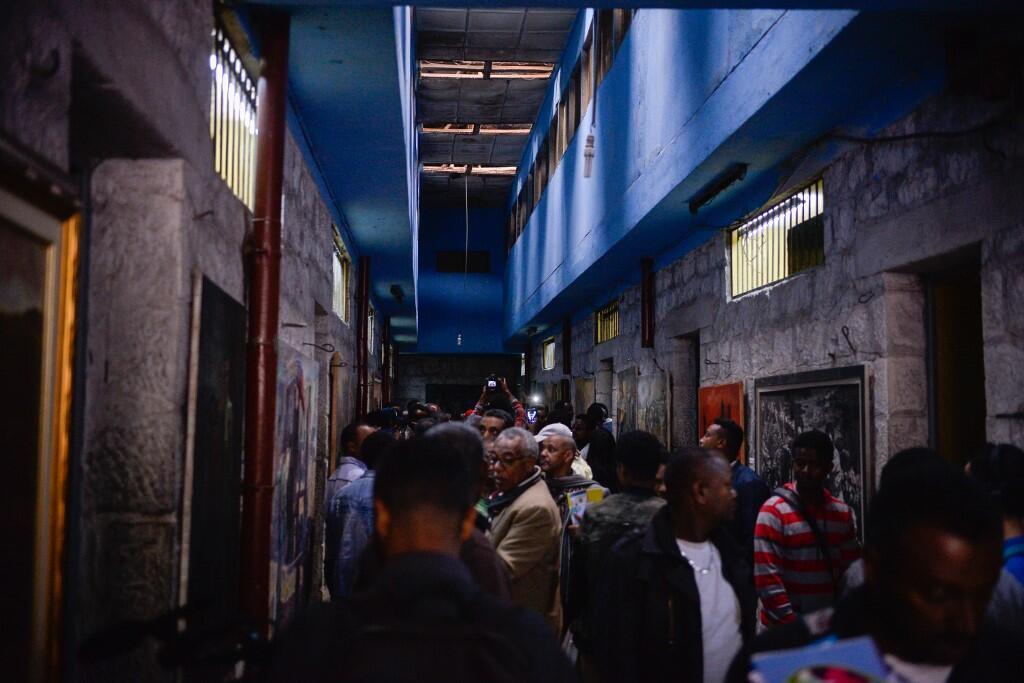 Des visiteurs dans la prison de Maekelawi à Addis Abeba, le 6 septembre 2019.