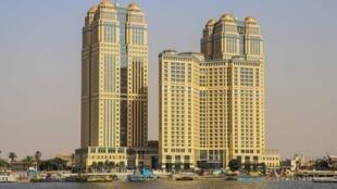 Vue générale de l'hôtel Fairmont, au Caire, le 30 juillet 2020.