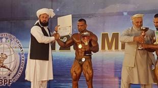 Le culturisme est une véritable institution en Afghanistan. Ici le nouveau champion 2017, Yasin Qaderi.