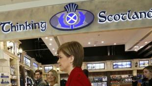 La Premier ministre écossaise Nicola Sturgeon ne veut pas entendre parler d'une sortie britannique de l'UE.