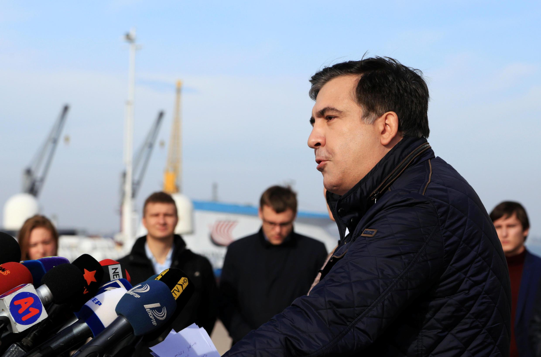 Михаил Саакашвили объявляет об отставке с поста губернатора Одесской области.