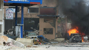 """حمله به هتل """"ناسا هبدلو""""، با انفجار یک اتوموبیل شروع شد."""