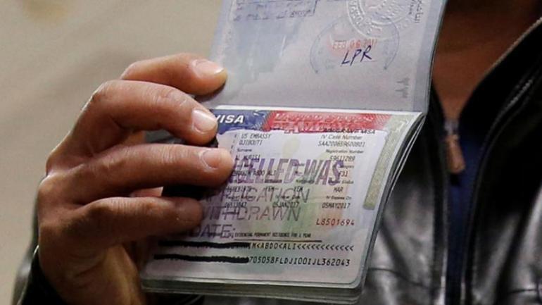 42182-us-visa-reuters-875