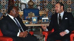 Rais Bongo ameonekana kwa mara ya kwanza, akiwa na Mfalme Mohammed VI aliyeenda kumtembelea.
