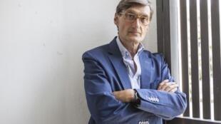 O cineasta Georges Gachot apresentou seu filme sobre João Gilberto no Festival de Locarno.