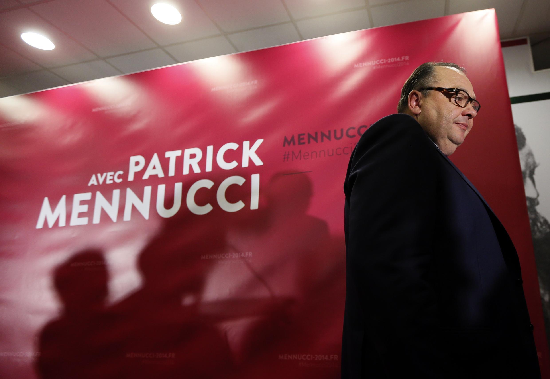 Le candidat PS à la mairie de Marseille Patrick Mennucci au soir du premier tour des élections municipales.