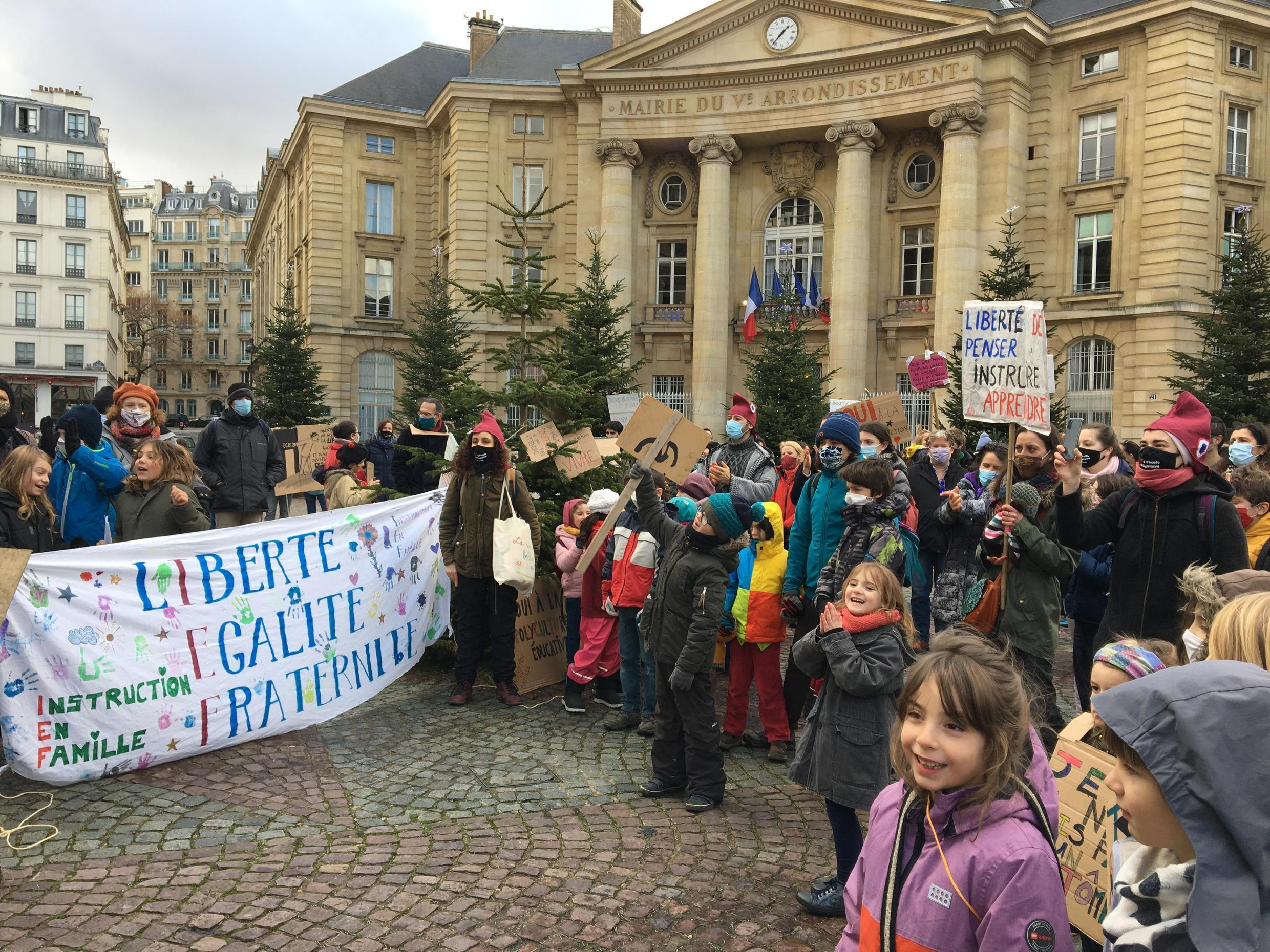 Around 200 families attended a rally in Paris support of home-schooling. They say article 21 of the government's proposed 'separatism bill' is a threat to this type of education, 17 January 2021.