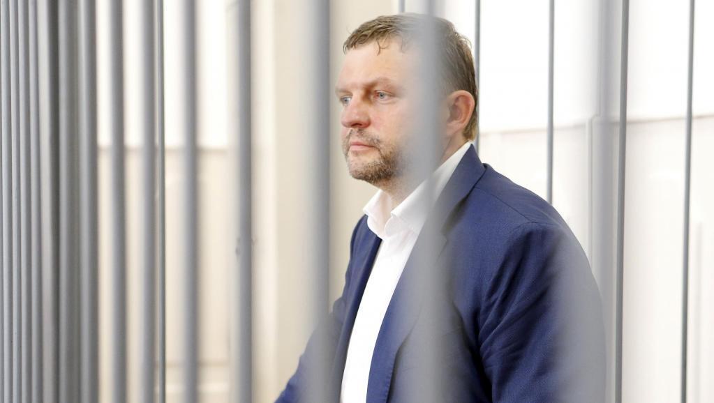 Бывший губернатор Кировской области в Басманном суде, 25 июня 2016 года.
