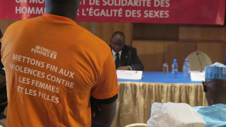 La campagne « He for she », « Lui pour elle », pour la défense des droits des femmes s'adresse principalement aux hommes.