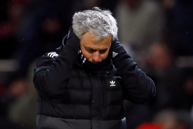 Jose Mourinho, mai horar da kungiyar Manchester United.