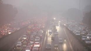 آلودگی در هند سالانه موجب مرگ بیش از 2.5 میلیون نفر می شود