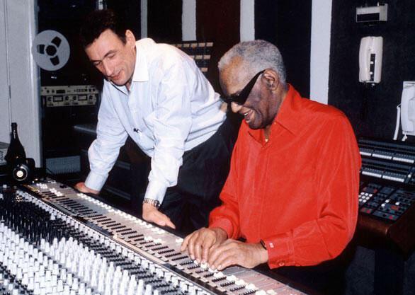 Jean-Pierre Grosz et Ray Charles en studio.