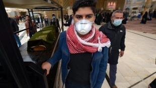 En Iran, le nombre des personnes infectées devrait fortement augmenter, a annoncé le porte-parole du ministère de la Santé