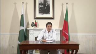 លោក Imran Khanប្រធានបក្ស Pakistan Tehreek-e-Insaf (PTI)ថ្លែងសុន្ទរកថាប្រកាសជោគជ័យក្នុងសម័យបោះឆ្នោតសភាថ្ងៃទី ២៥កក្កដា២០១៨