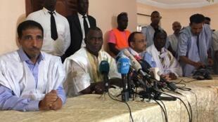 Les quatre principaux candidats de l'opposition lors d'une conférence de presse à Nouakchott, le 23 juin 2019.