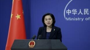 Hua Chunying, porta-voz do ministério chinês das Relações Exteriores, que pede que os EUA mantenham o acordo de não proliferação nuclear