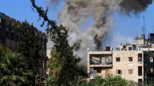 Tras el fin de la tregua, el ejército sirio y sus aliados dispararon hacia los barrios del este controlados por la oposición