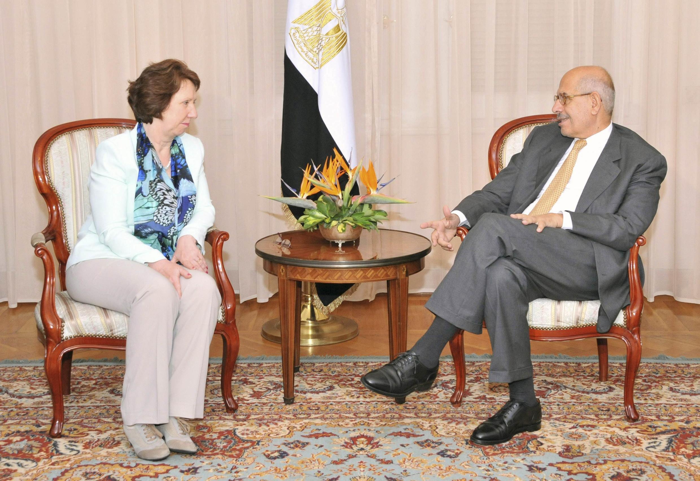Catherine Ashton, la chef de la diplomatie européenne a rencontré hier, lundi 29 juillet 2013, au Caire des responsables politiques dont ici le vice-président chargé des Affaires étrangères Mohamed  el-Baradei
