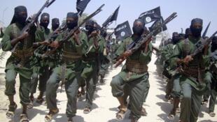 گروه شباب دولت کنیا را به یک جنگ طولانی و وحشتناک تهدید کرد.