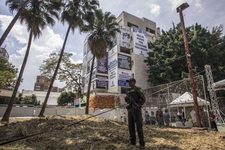 Edifício Mônaco se tornou ponto atração em Medellín, com turistas visitando o local para conhecer a antiga casa de Pablo Escobar