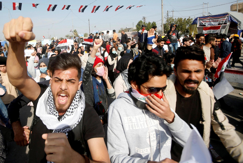 Sinh viên Irak xuống đường ngày 8/1/2020 tại Basra chống Mỹ sau vụ ám sát tướng Iran Soleimani.