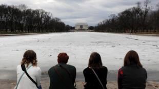 Ce week-end, le «shutdown» a surtout perturbé l'activité touristique aux Etats-Unis. Le début de semaine sera marqué par des conséquences plus concrètes dans le quotidien des Américains.