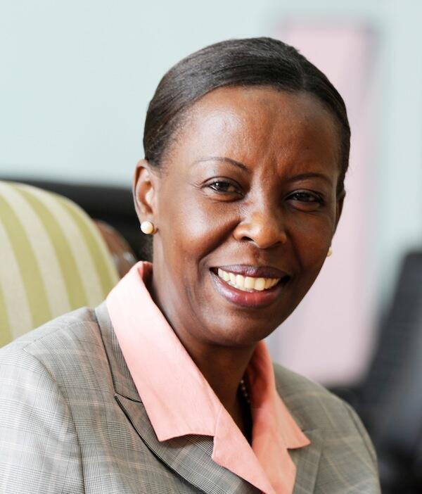 Waziri wa Mambo ya Nje wa Ushirikiano wa Kimataifa Nchini Rwanda Louise Mushikiwabo anayepinga ushiriki wa nchi yake kuwafadhili waasi nchini Jamhuri ya Kidemokrasia ya Congo DRC
