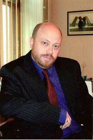 Политолог Дмитрий Травин