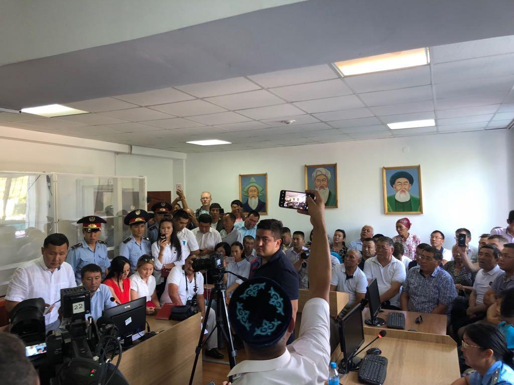 Заседание в Панфиловском районном суде Жаркента по делу Сайрагуль Сауытбай