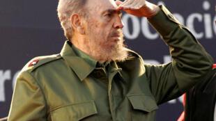 Fidel Castro, morto a 25 de novembro, na foto, durante à Argentina, em 2006.