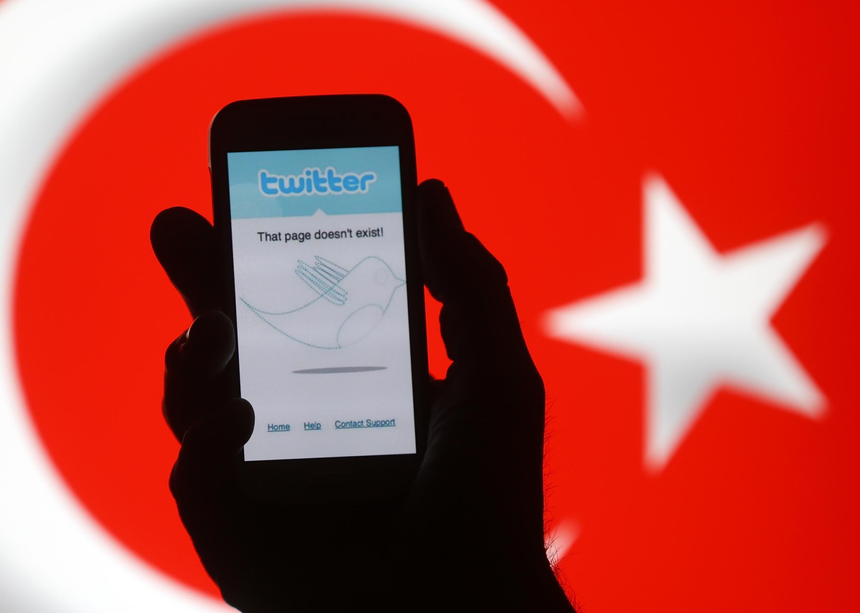 Recep Tayyip Erdogan a bloqué Twitter dès vendredi 21 mars 2014.