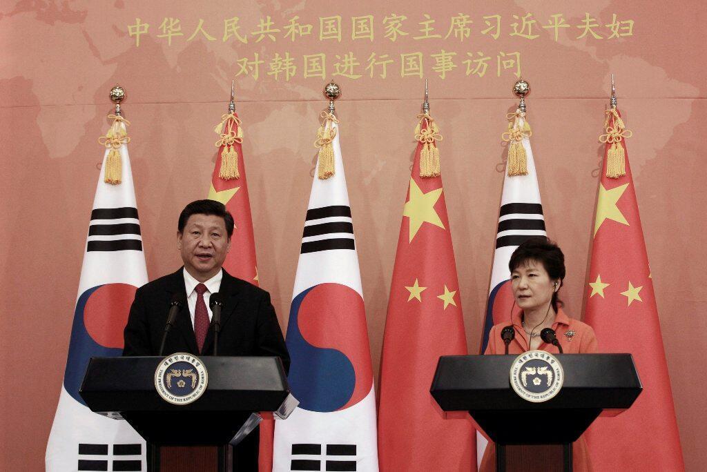 Tổng thống Hàn Quốc Park Geun-hye trả lời báo giới cùng Chủ tịch Trung Quốc, Seoul, 03/07/2014.