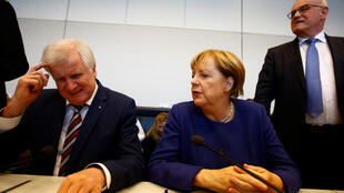 Thủ tướng Angela Merkel et chủ tịch CSU Horst Seehofer ngày 26/09/20176 tại Berlin.