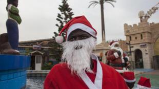 PHOTO Père Noël Dakar