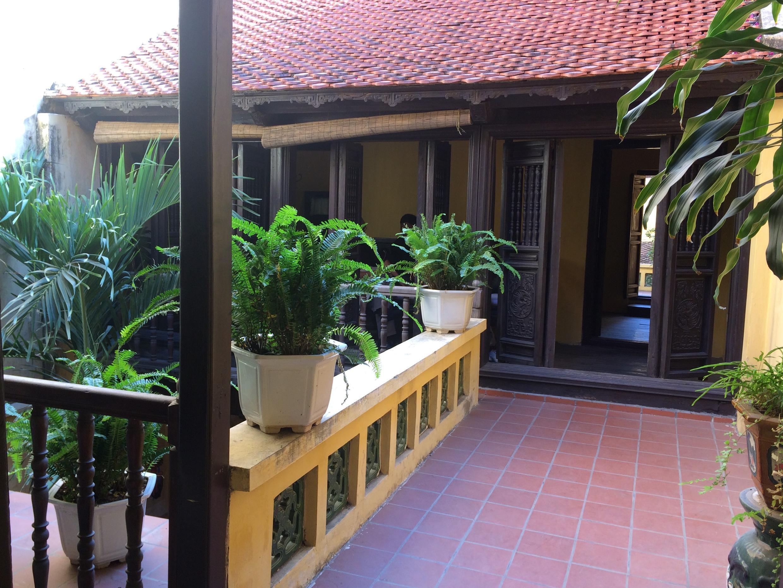 Tầng hai ngôi nhà cổ 87 Mã Mây, Hà Nội