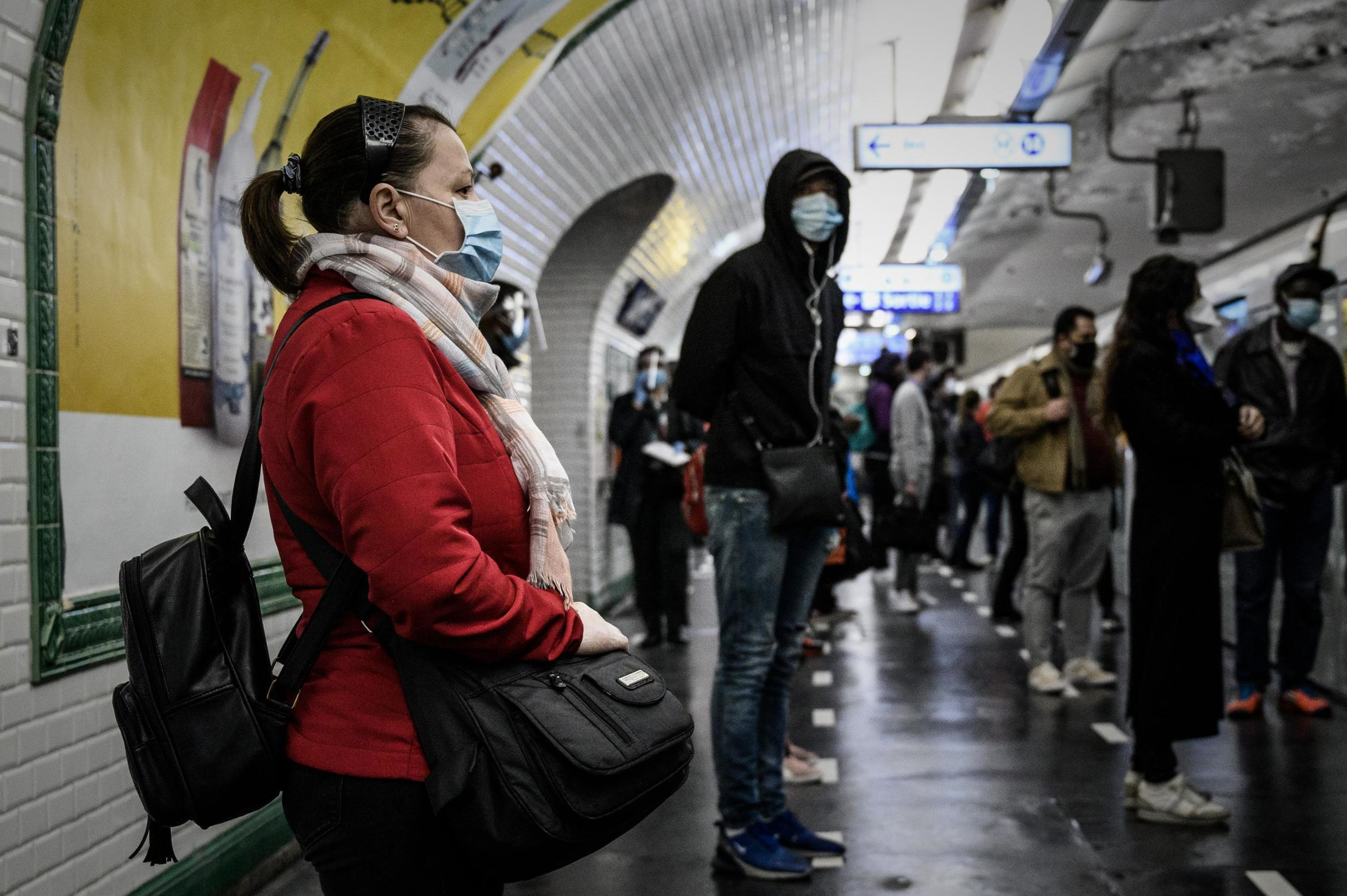 Not all metro users have respected the mandatory masks rule. How will it go now that the health emergency has ended?