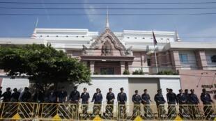 Le Cambodge a renforcé la sécurité de son ambassade à Bangkok suite à ce nouveau coup de froid diplomatique.