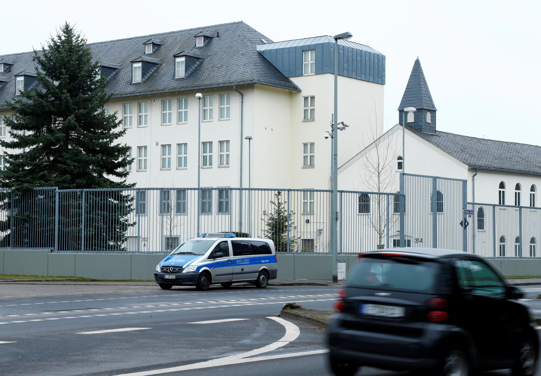 Tổng lãnh sự Mỹ tại Frankfurt, Đức, nơi có cơ sở gián điệp mạng của CIA tại châu Âu.
