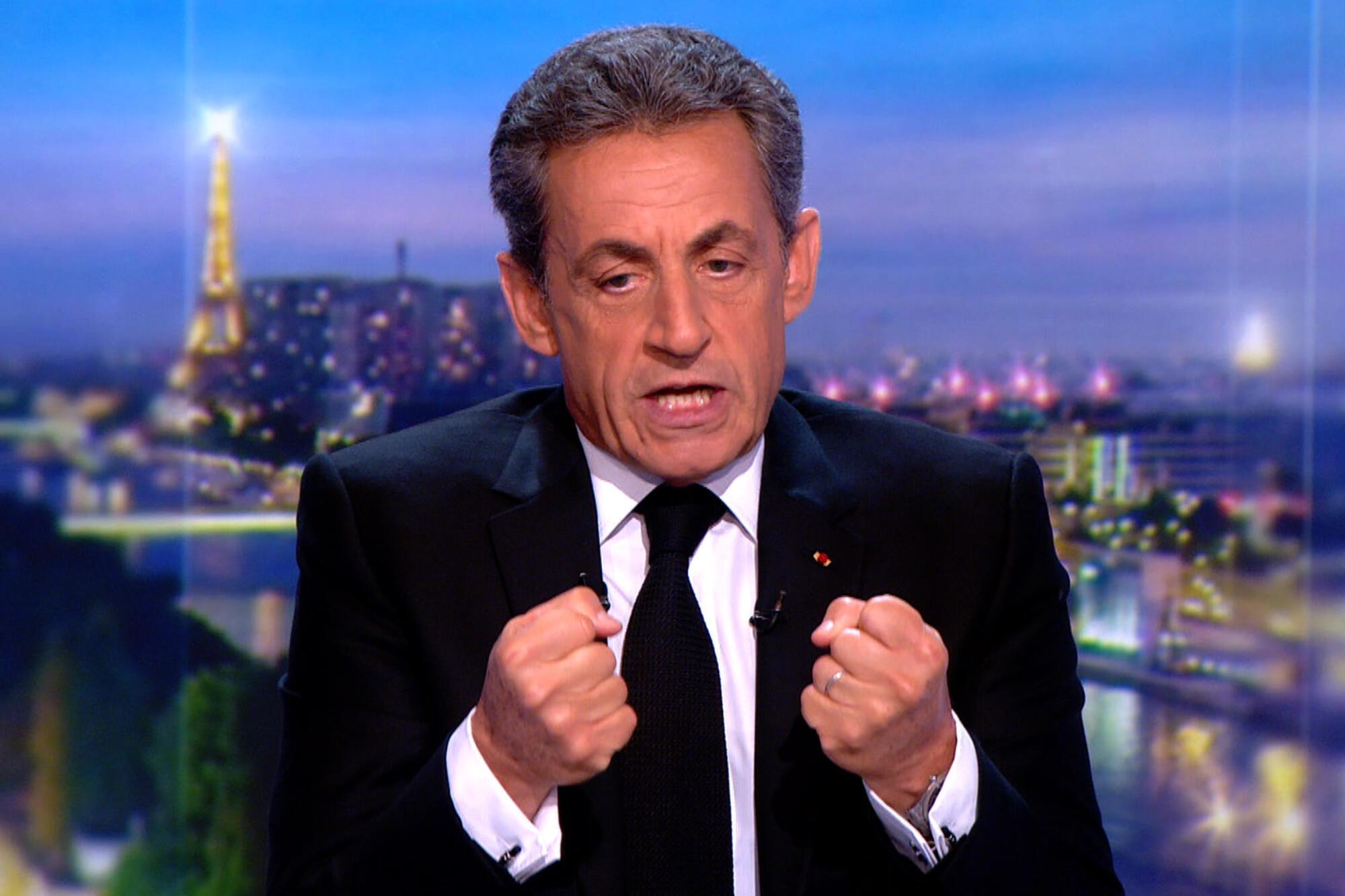 Николя Саркози называет клеветой обвинения в финансировании его кампании 2007 года режимом Муаммара Каддафи