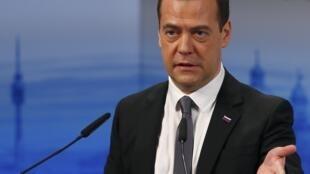 លោក Dmitry Medvedev នាយករដ្ឋមន្រ្តីរុស្ស៊ី