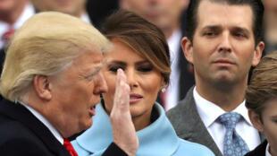 A droite derrière la première dame lors de la prestation de serment du 45e président des Etats-Unis, Donald Trump Jr. Washington, le 20 janvier 2017.