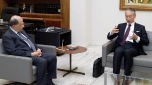 Le président libanais Michel Aoun a reçu l'ambassadeur du Japon Takeshi Okubo pour discuter du dossier Carlos Ghosn, le 7 janvier 2020.