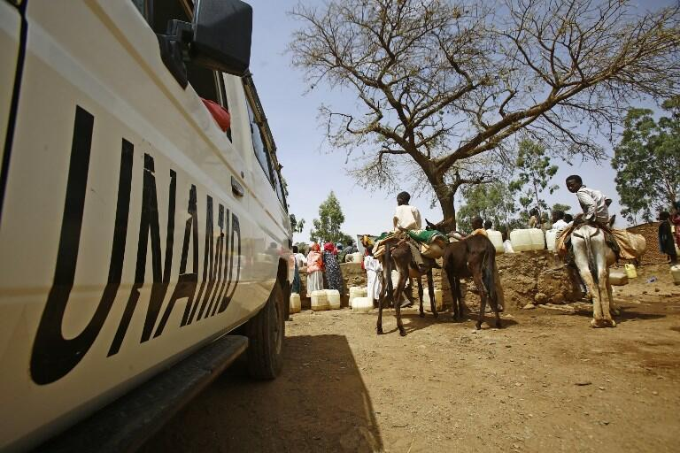 法广存档图片:联合国任务的车辆在达尔富尔地区 Image d'archive RFI: Un véhicule de la mission de l'ONU au Darfour (Image d'illustration).