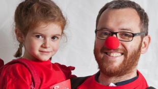 Dans les locaux de l'association à Paris, «Le Rire Médecin» dispense, plusieurs fois par semaine, de cours pour devenir clown à l'hôpital.