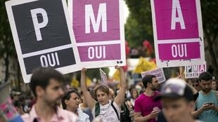 The French parliament faces a divisive debate on the bioethics law that would grant medically assisted procreation (PMA in French) to single and lesbian women.