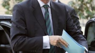 Le procès de l'ancien secrétaire d'Etat à la Fonction publique Georges Tron a été renvoyé devant les assises.