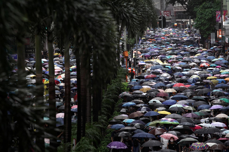 香港2019年10月6日再发反送中示威抗议禁蒙面法
