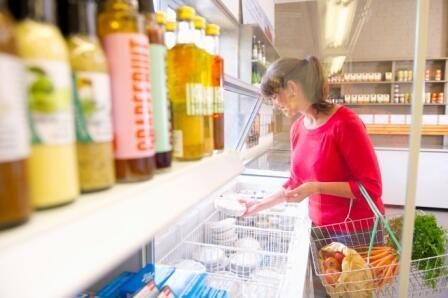 Cientista aconselha sempre verificar lista de ingredientes antes de comprar.