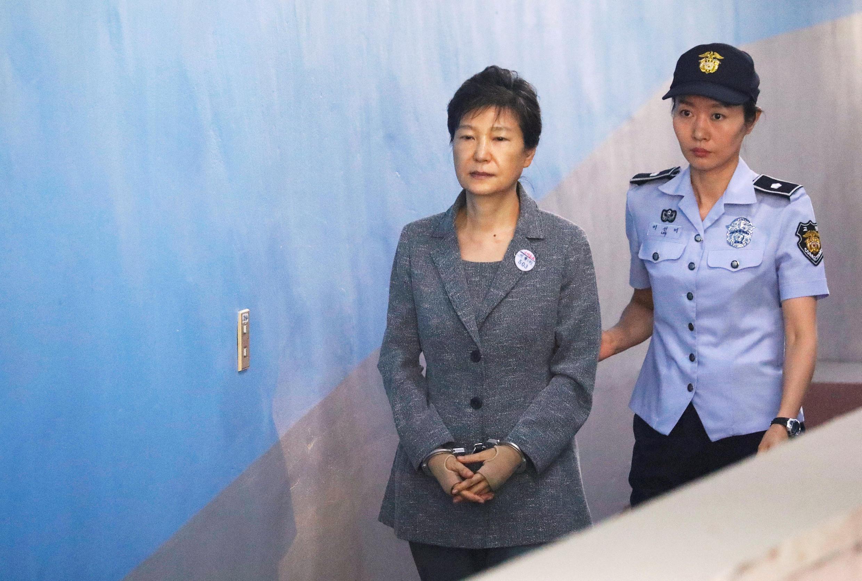 Cựu tổng thống Hàn Quốc Park Geun Hye tại tòa án Seoul ngày 25/08/2017.